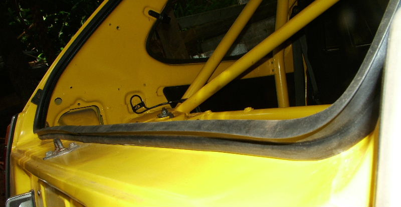 Tailgate / hatch seal - Main 5-door EB3